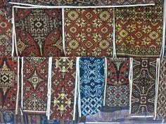 traditional weaving  'Double Ikat' Technic to make legendary Gringsing (Tenganan) Cloths. ll トゥガナン村の織物グリンシン―バリの遺産   Bali Tour Guide