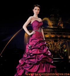 Miss Paris 11332  Vestido de Novia  The Sposa Group