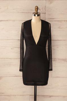 Valdemoro - Black lace low-cut long sleeved dress