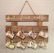 decoracion de cocinas con tazas de cafeeee