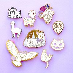 Cartoon Cat Cute Wonderland émail PINS Alice BROCHE couronne métal Broche PINS