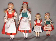 Souvenir dolls made in Finland by Martta nukketeollisuus Turku Finland Antique Toys, Vintage Antiques, Turku Finland, Princess Zelda, Disney Princess, Vintage Dolls, Martini, Doll Clothes, Harajuku