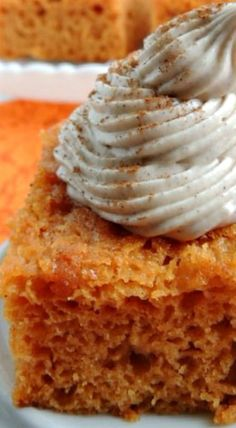 This simple & easy 3 ingredient Pumpkin Pie Angel Food Cake is topped with a creamy cinnamon cream cheese frosting. Fall Desserts, Just Desserts, Delicious Desserts, Dessert Recipes, Yummy Food, Cheesecake Recipes, Pumpkin Recipes, Fall Recipes, Pumpkin Angel Food Cake Recipe