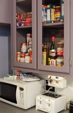 White Appliances White Appliances, Seinfeld, 90s Things, Color Inspiration, Liquor Cabinet, Condo, House Bar