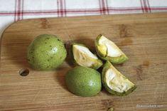 Lichior de nuci verzi rețeta veche de nucată   Savori Urbane Avocado, Lime, Fruit, Food, Hoods, Meals, Key Lime, Limes