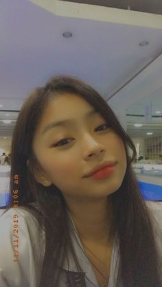 Classy Aesthetic, Aesthetic Girl, Aesthetic Filter, Ulzzang Korean Girl, Cute Korean Girl, Cute Girl Face, Cute Girl Photo, Cool Girl Pictures, Girl Photos