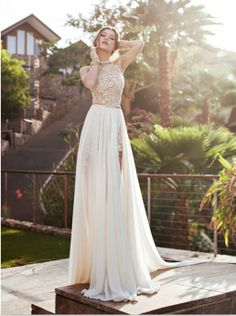 Vintage Lace Chiffon Beach Prom Dresses Halter Beaded Crystals Applique Floor Length Side Slit Evening Gowns
