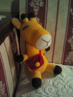 Giraffa all'uncinetto