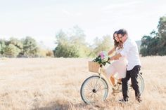 bicycle engagement photos