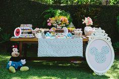 Festa de aniversário com tema Minnie Vintage. Foto: Cris Rezende