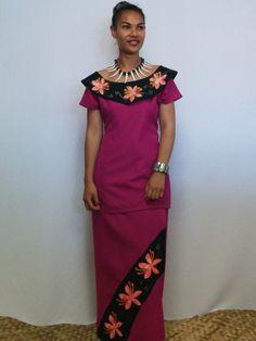Pink & Black Off-shoulder Frangipani Puletasi Island Wear, Island Outfit, New Dress Pattern, Dress Patterns, Sewing Patterns, African Fashion Dresses, Fashion Outfits, Fashion Wear, Samoan Dress