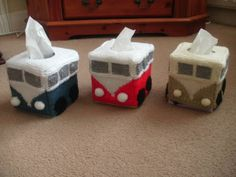 VW Camper Van Knitted tissue box cover by SomptingSnugglies