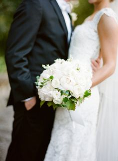 Elegant all-white bouquet: http://www.stylemepretty.com/2015/08/21/elegant-neutral-burlingame-country-club-wedding/ | Photography: Jose Villa - http://josevilla.com/