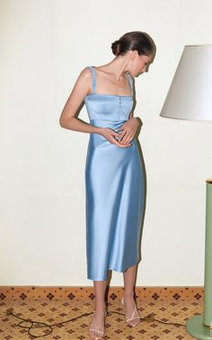 Get inspired and discover Anna October trunkshow! Shop the latest Anna October collection at Moda Operandi. Style Vintage, Vintage Fashion, Satin Dresses, Gowns, Blue Satin Dress, Satin Midi Dress, Parisienne Chic, Chiffon Gown, Corsage