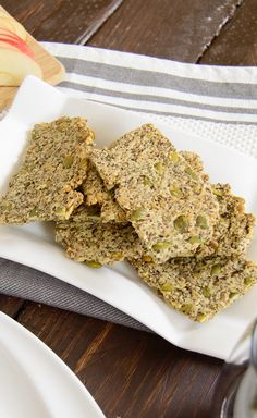 Healthy homemade Pumpkin Sunflower Seed Crackers - nutty, salty and super healthy. You will never need to buy crackers again!