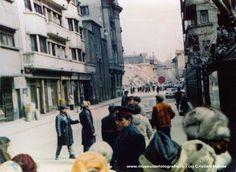 1977 Blocul Casata transformat in moloz, in fundal. Bd. Magheru, aproape de McDonalds, fotografiata de pe Take Ionescu