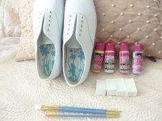 ✿*゚'゚・✿.。.:* Magic Pearl Heart*.:。✿*゚'゚・✿.: DIY Fairy Kei Painted Sneakers