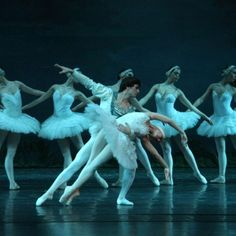 15 Sep 2015 Beautiful full length performance of one of the most cherished classical ballets of all time. With the instantly recognizable music of Tchaikovsky virtually a signature of classical ballet and the wonderfully dark story of good set against evil, Swan Lake is one of the most famous and...
