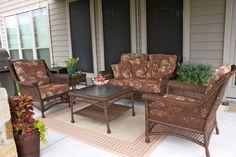 Love this patio furniture setup