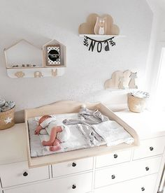 Baby Kinderzimmer Junge - - Baby World Baby Nursery Bedding, Baby Bedroom, Baby Boy Rooms, Baby Boy Nurseries, Nursery Room, Nursery Ideas, Ikea Baby Room, Baby Room Decor, Best Changing Table