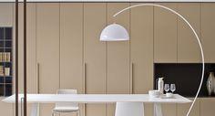 L002 - große weiße Bogenlampe von Pedrali bei designfund.de kaufen.