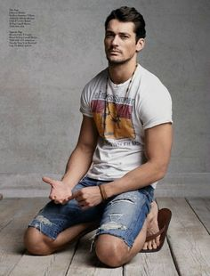 men outfits - David Gandy Embraces Casual Styles for Lucky Brand's April 2013 Catalogue David Gandy Style, David James Gandy, David Gandy Body, Handsome Men Quotes, Handsome Arab Men, Lucky Brand, Strong Woman Tattoos, Male Models, Beautiful Men