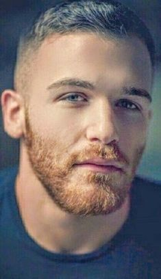 Things that make guys go: Fuck yeah! Ginger Men, Ginger Beard, Red Beard, Great Beards, Awesome Beards, Beard Styles For Men, Hair And Beard Styles, Beautiful Men Faces, Gorgeous Men