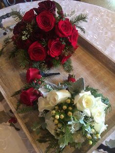 Winter wedding today , a beautiful combination of red and white ❤️ The Willows By Wehr . Columbiana Ohio . wedding florist ! Lovinwhatido, and doinwhatilove ! Call and let me create a beautiful wedding for you ❤️❤️❤️ 330.482.2223 . Thewillowsbywehr.com