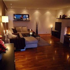 36 Cozy Living Room Design Ideas For Apartment - Home Bestiest Cozy Living Rooms, Home Living Room, Apartment Living, Cozy Apartment, Apartment Ideas, Basement Apartment, Dream Apartment, My New Room, House Rooms