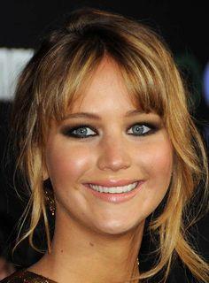 Jennifer Lawrence's makeup at Hunger Games premiere
