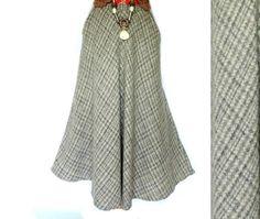 1980s Cream Tan Beige Knit Wool Pull Over Hound Dog Sweater Vest Hunting English Riding Equestrian Classic Preppy Woman/'s SmallMedium