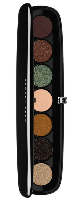 Update your Fall 2014 wardrobe with the very gorgeous Marc Jacobs The Night Owl Style Eye-Con Palette! Now available in eight shades selections, the Marc J