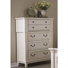 Grey and White Bedroom Furniture. Grey and White Bedroom Furniture. J&m Furniture Porto Platform Bedroom Set In Light Grey and Wenge Cool Kids Bedrooms, Awesome Bedrooms, Boy Toddler Bedroom, Platform Bedroom, Consignment Furniture, White Chests, White Bedroom Furniture, Chest Of Drawers, Furniture Making