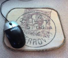 DIY: How to cover your mouse pad with fabric AND How to transfer an image using freezer paper tutorial. Via Home Frosting: Transfer Images Using Freezer Paper Transfer Onto Wood, Photo Transfer, Freezer Paper Transfers, Transfer Paper, Ink Transfer, Transfer Printing, Diy Projects To Try, Craft Projects, Craft Ideas