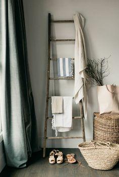 porte serviette murale salle de bain, porte serviette en bois pour la salle de bain