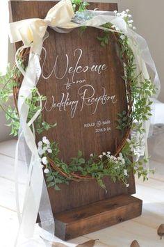 Wedding welcome sign Wedding Show, Wedding Table, Diy Wedding, Wedding Events, Wedding Wreaths, Wedding Bouquets, Wedding Flowers, Wedding Decorations, Wedding Welcome Board