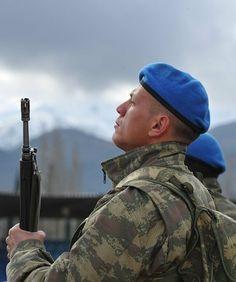 Blue Berets at 1st Commando Brigade [540x646]