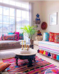 20 Best Bohemian Living Room Decor Ideas for 2019 – Ethinify – Indian Living Rooms India Home Decor, Ethnic Home Decor, Hippie Home Decor, Indian Living Rooms, Colourful Living Room, Boho Chic Living Room, Living Room Decor, Bohemian Living, Bohemian Decor