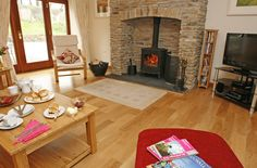 Perfectly positioned on The Roseland Peninsula, The Old Mill, a beautiful barn conversion, sits tucked away amidst lush farmland. Sleeps 8. From £547 per week.  http://www.cornishcottageholidays.co.uk/html/property_detail.php?pid=639