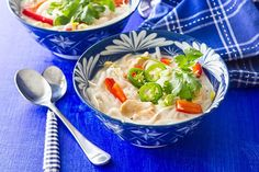 Crockpot Thai Chicken Noodle Soup Do the noodles separately This can be easily done w/o slow cooker Thai Chicken Noodles, Slow Cooker Thai Chicken, Veggie Noodles, Rice Noodles, Chicken Soup, Crock Pot Soup, Crock Pot Cooking, Slow Cooker Recipes, Soup Recipes