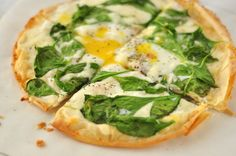 Spinach and Egg Breakfast Pizza SWANK NOTE:  100% fat free mozzarella cheese only