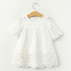 2017 Spring Summer Baby Girls Blouses White Lace Hollow Tops Kids Shirts Cute Sweety Baby Gilrs Shirt Casual Children Clothing Source by seyrancl Kids Outfits Girls, Little Girl Dresses, Girl Outfits, Girls Dresses, Baby Girl Fashion, Fashion Kids, Look Fashion, Baby T Shirts, Lace Shirts