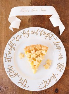 PHOTOS: Happy National Pi Day - Celebrate with These Wedding Pie Ideas | Photo Gallery - Yahoo! Shine