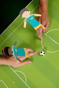 World Cup Soccer Party - Fußball - Party Soccer Birthday Parties, Soccer Party, Sports Party, Birthday Kids, Birthday Month, Kids Crafts, Soccer Crafts, Kids Sports Crafts, Sport Craft
