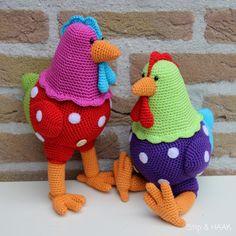 Kakelbonte kippen haak je zelf :)