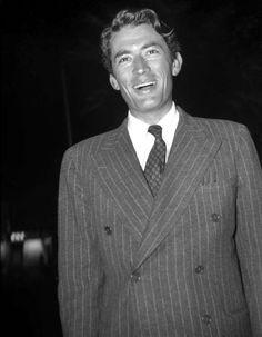 Né en 1916, mort en 2003Films cultes : « Vacances romaines », « Moby Dick », «…