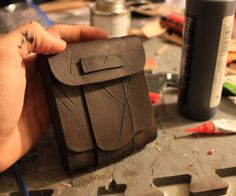 Leather Pouch Tutorial & Intro to Basic Leather Working: 11 Steps (with Pictures) Leather Diy Crafts, Leather Gifts, Leather Projects, Leather Pouch, Leather Tooling, Leather Bags, Leather Crafting, Handmade Leather, Leather Tutorial