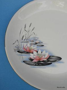 Alfred Meakin Dinner Plate (s) Water Lily Pattern Floral Pond Reeds Pottery Painting, Pottery Vase, Chinese Painting Flowers, Water Lilies Painting, Home Bar Decor, Vintage Dinnerware, Decoupage Box, Painted Vases, Alfred Meakin