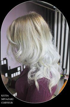 Katia Miyazaki Coiffeur - Salão de Beleza em Floripa: corte repicado  - descoloração - granny hair - loi...