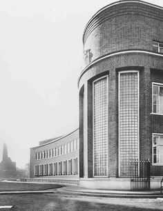 Water-Testing Laboratory in 1938. John Murray Easton, architect, 1936–8